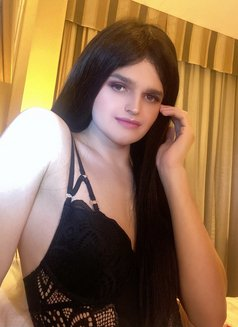 8 inch Sexy and Kinky TS Sophie - Transsexual escort in Dubai Photo 3 of 21