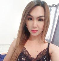 FUCKable YOUNG PornStar TS AICO - Transsexual escort in Abu Dhabi
