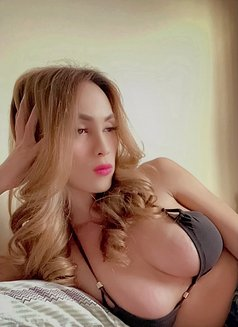 Makes the most out with Camilla - Transsexual escort in Mumbai Photo 15 of 30