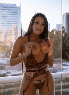 Gabriella De Carvalho - Transsexual escort in London Photo 9 of 24