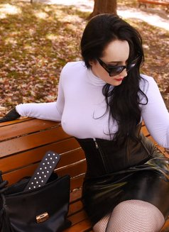 Genevieve Marceau Virtual - escort in Halifax Photo 4 of 9
