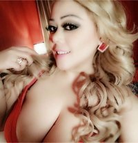 Geraldine - escort in Munich