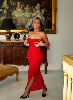 Australian Tantra Goddess Giselle Lucas - escort in Hong Kong Photo 9 of 15