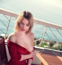 Giulia - escort in Marseille