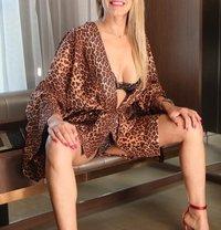 Gloria Lily - Stylish and Hot! - escort in Dubai Photo 8 of 10