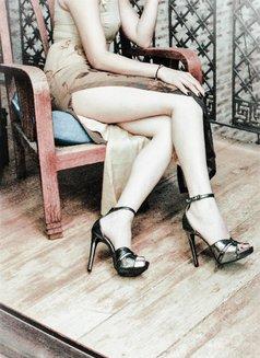 Goddess Xenia From Singapore - dominatrix in Kiev Photo 6 of 10