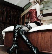 Goddess Xenia From Singapore - dominatrix in Madrid