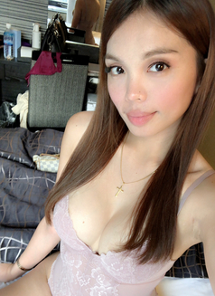 Gorgeous Ashley <3 - Transsexual escort in Seoul Photo 19 of 30