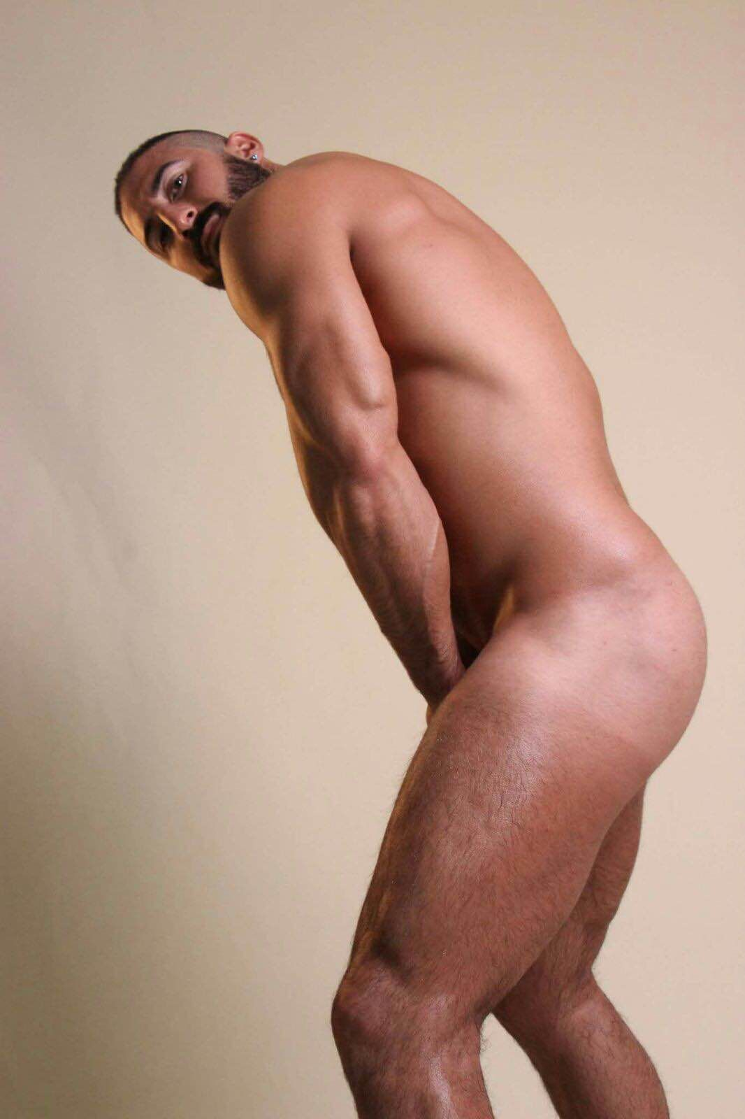 bed greek gay escorts
