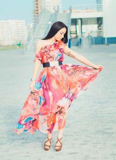 Tina (Estonia) - escort in Dubai Photo 2 of 5