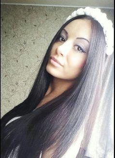 Tina (Estonia) - escort in Dubai Photo 4 of 5