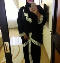 Arabic lady now Bahrain - escort in Al Manama Photo 6 of 6
