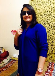 Hania Indian Escort in Dubai - escort agency in Dubai Photo 6 of 6