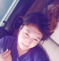 Hannah Rhiana escort masseuse - escort in Manila