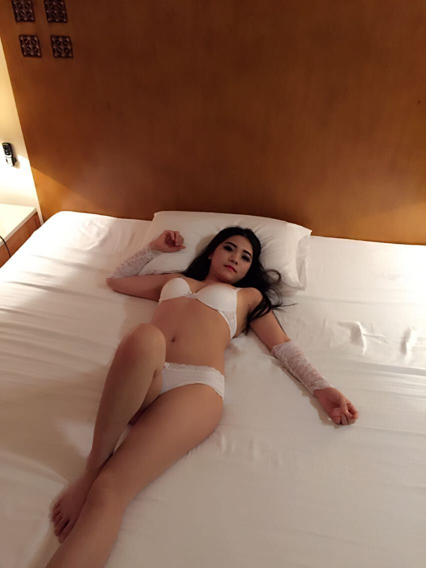 escort girl tantra lingam massage