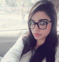 Harita Vip Kasmiri Escorts - escort in Dubai