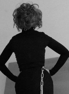 Harper Bizaar Luxury BDSM - dominatrix in Wrocław Photo 5 of 7