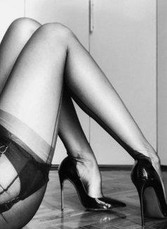 Harper Bizaar Luxury BDSM - dominatrix in Wrocław Photo 7 of 7