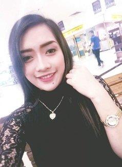 Hayden - escort in Makati City Photo 3 of 7