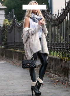 Helenaa danish - escort in Paris Photo 7 of 11