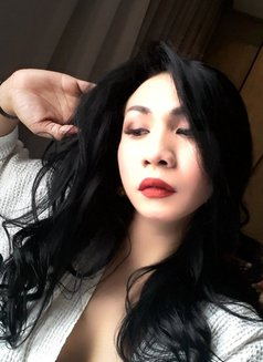 Horny TIFFANY - Transsexual escort in Jakarta Photo 11 of 30
