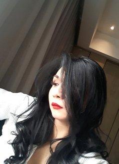 Horny TIFFANY - Transsexual escort in Jakarta Photo 12 of 30