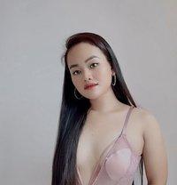 Hot and Sexy Student Karissa - escort in Manila Photo 1 of 4