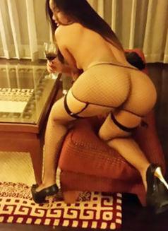 Hot Hot Sex Girls Escort Suck Kiss Super - escort in Abu Dhabi Photo 1 of 6