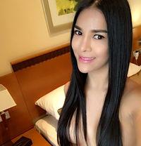 HOT NEW GORGEOUS THAI TS KIMMY - Transsexual escort in Dubai
