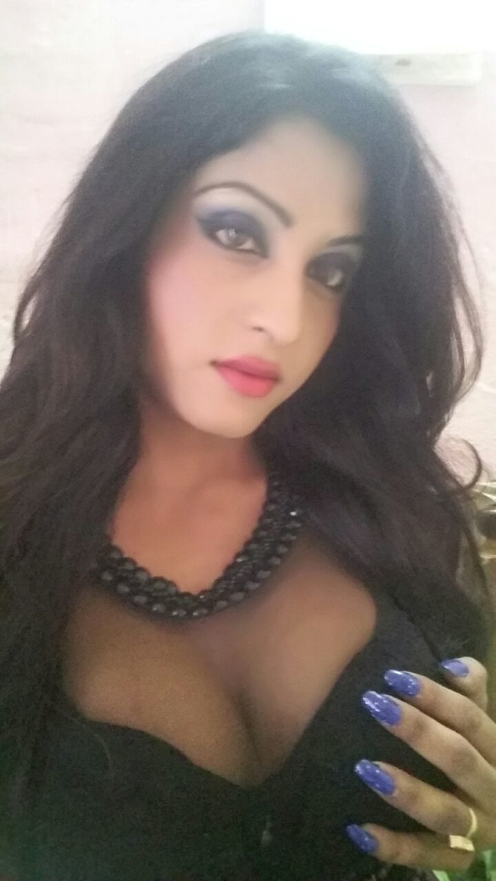 Indian Shemale Pictures Great hot shemale, indian transsexual escort in new delhi