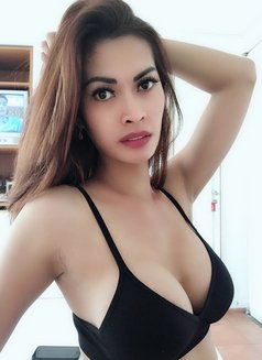 Hottest TS Lovenia - Transsexual escort in Jakarta Photo 21 of 24