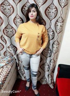 Huma Busty Girl - escort in Abu Dhabi Photo 1 of 5