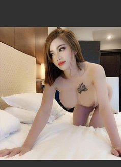 I Am New Babe Carla - escort in Kuwait Photo 4 of 6