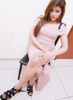 Jiya Indian Model - escort in Abu Dhabi Photo 6 of 8