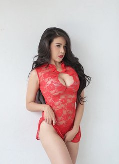Independent Girl Emily - escort in Abu Dhabi Photo 5 of 6