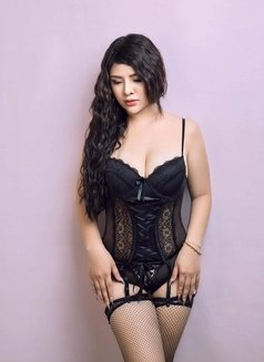 I Am Mary New Independent Girl - escort in Kuwait Photo 5 of 13