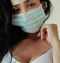 Indian Beauty for Safe Fun - escort in Kuwait