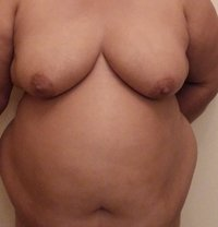 Indian Lady - adult performer in Dubai