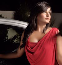 Indian Model Anushka - escort in Muscat Photo 1 of 5