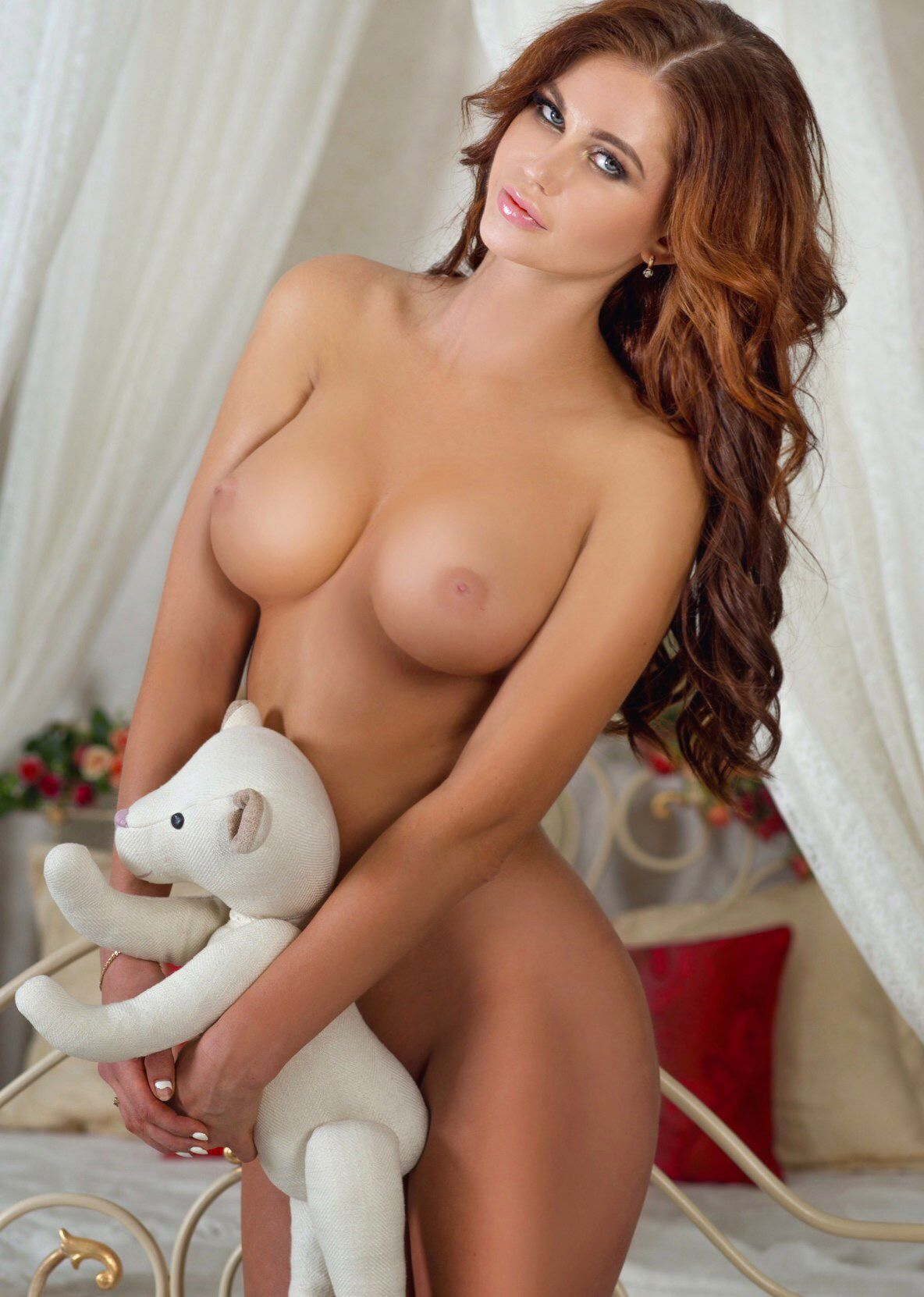 Nude russian female escorts pic 711