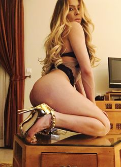 Isabela Bahls - Transsexual escort in Limassol Photo 1 of 16
