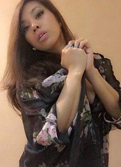 Isabela Lea - escort in Macao Photo 9 of 22