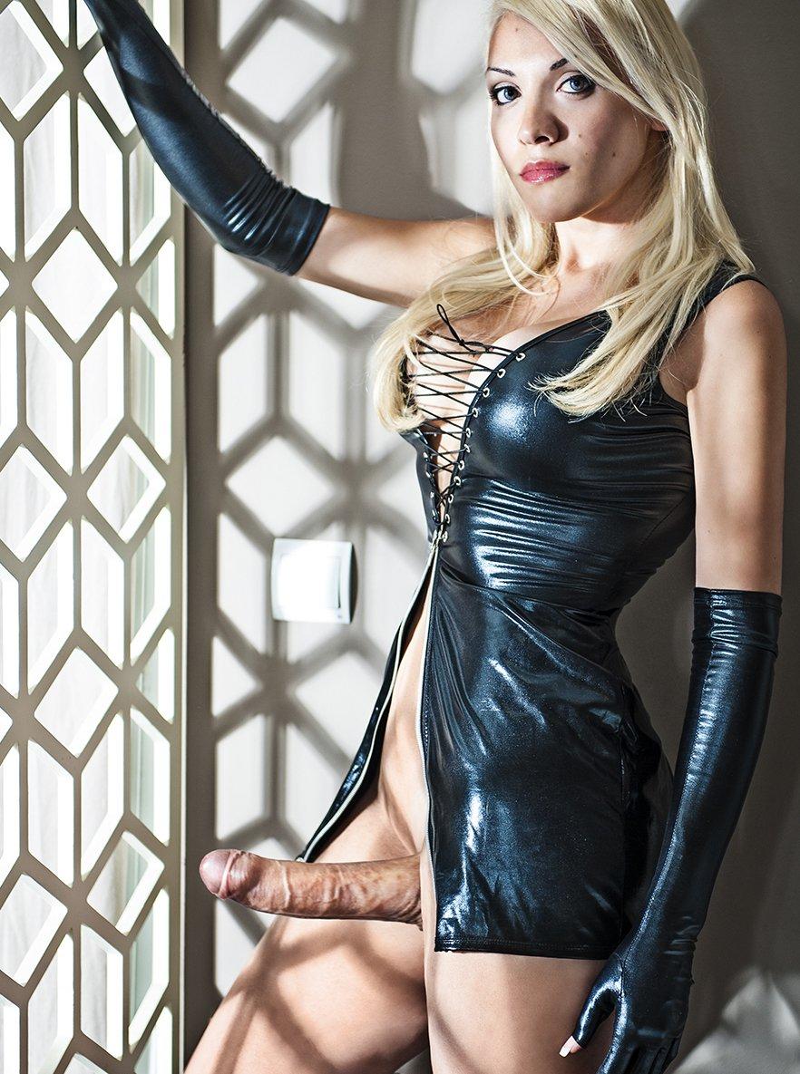 Isabella Bigcock24cm, Transsexual escort in London