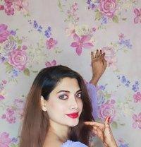 Ishika Rai - Transsexual escort in Mumbai Photo 1 of 8