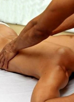 Italian Certified Male Massage Therapist - Male escort in Milan Photo 3 of 6