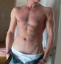 Ivan Masseur Tantra - Male escort in Milan