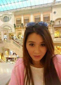 Ivy - escort in Hong Kong Photo 1 of 6