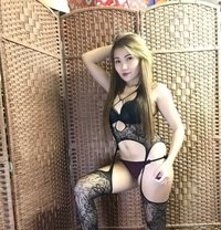 Izza - escort agency in Dubai