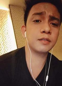 Jaicob - Male escort in Makati City Photo 4 of 7