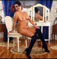 Janet only outcalls ! - escort in Dubai
